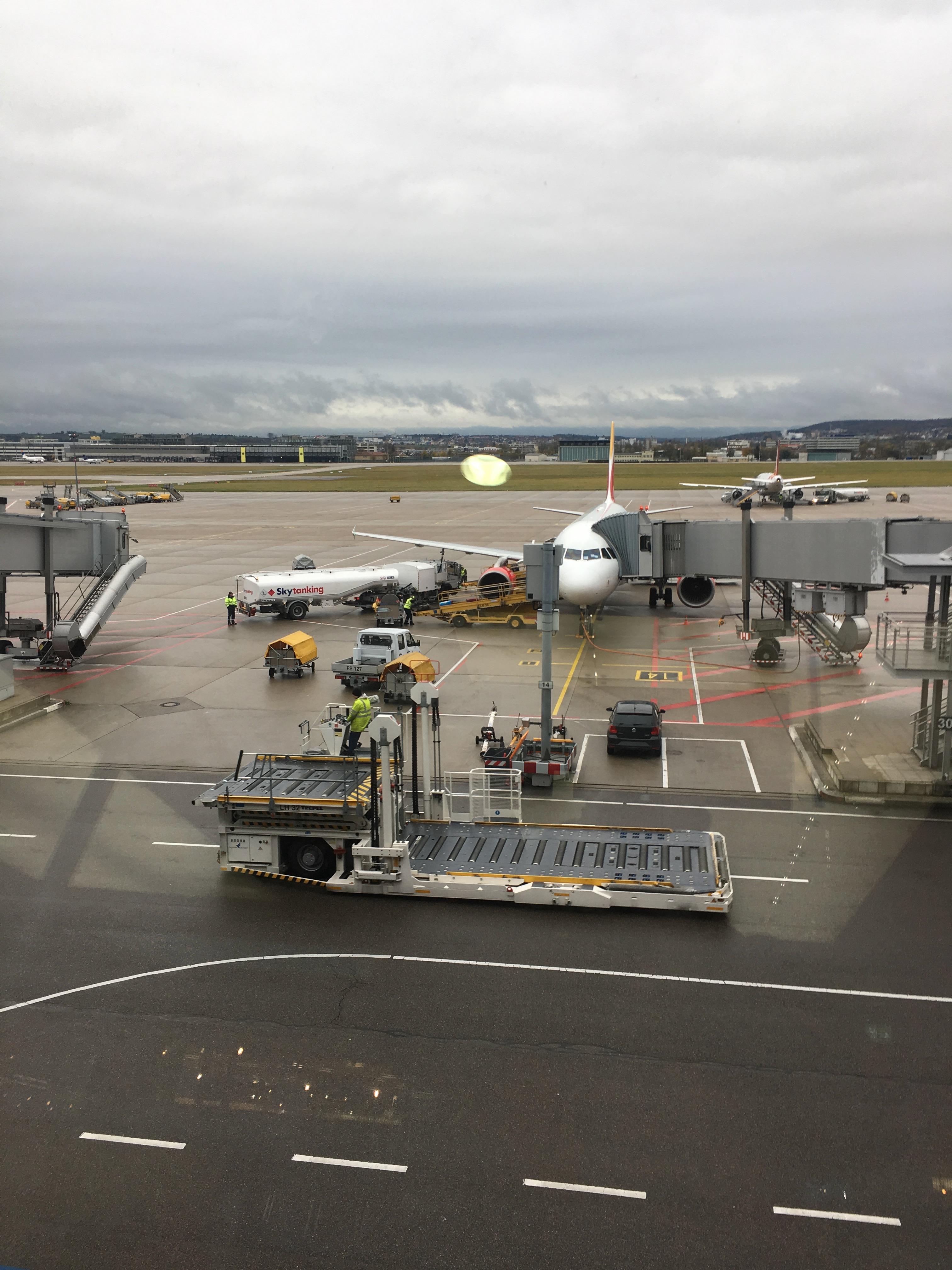 gepäckkontrolle flughafen stuttgart